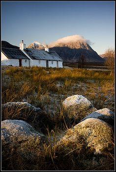 Blackrock Cottage, view of Buachaille Etive Mor, Glen Etive, Lochaber, the Highlands, Scotland