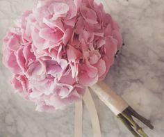37852168_2181851045381698_6698068555436392448_n Flower Studio, Party, Flowers, Wedding, Dekoration, Valentines Day Weddings, Parties, Weddings, Royal Icing Flowers