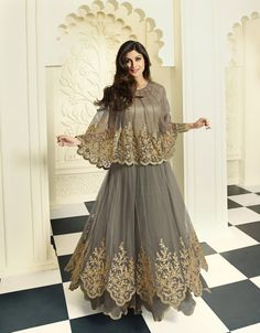 Shilpa Shetty Gray Net Designer Anarkali Suit 70825