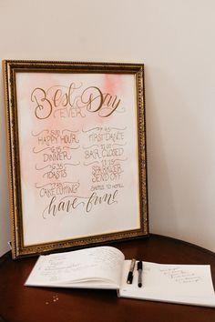 Wedding signs ideas #weddingsigns @weddingchicks
