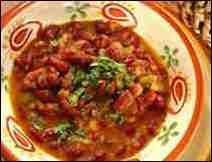 Habas en salsa roja con nopalitos.  aka.  Tlatlapas