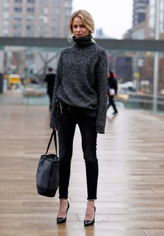 Oversize charcoal turtleneck.