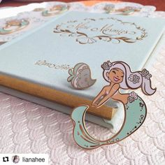 There has been a recent surge of gorgeous mermaid pins I'm so in love. Pin by @lianahee MORE INFO: Mini Mermie books & pin sets are now available in my Etsy shop. Quantities are limited as this is will be the final run of the book. Get one while you can! Happy Friday! #minimermiesbook #minimermiepinset #lianahee #minimermies #enamelpinsforsale #enamelpins #pingame #pindesigner