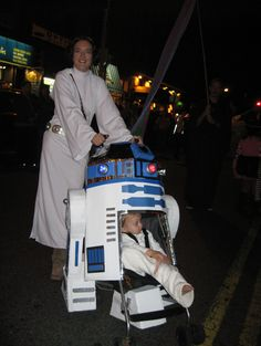 Amazing Star Wars Halloween costume For Caitlin and Grace! Lol