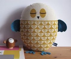 More owl love in the form of a cushion.