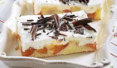 So šľahačkovou pokrývkou: Jemný marhuľový koláč | DobreJedlo.sk
