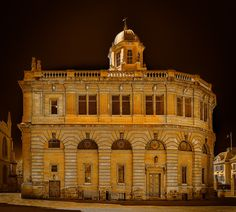 Oxford's Sheldonian Theatre by John Wright on 500px