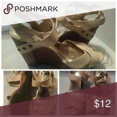 FINAL SALEGB GIANNI CREAM BINI WEDGE HEELS GB GIANNI CREAM BINI WEDGE HEELS, SIZE 6M, LEATHER UPPER GB GIANNI BINI Shoes Wedges