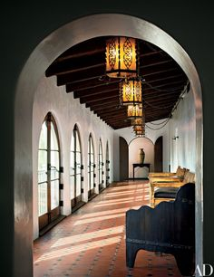 Spanish Style Homes in Los Angeles My favorite architectural style is definitely Spanish Colonial. I am in heaven living in Los Angeles because the style makes up a good majority of the housing