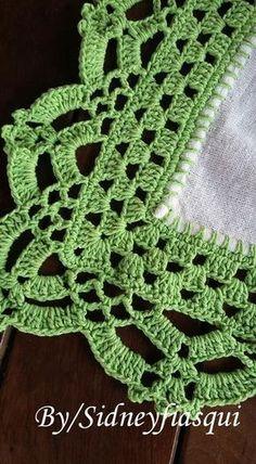 How To Crochet The French Vanilla Button - Diy Crafts - Marecipe Crochet Boarders, Crochet Edging Patterns, Crochet Lace Edging, Crochet Trim, Love Crochet, Filet Crochet, Vintage Crochet, Crochet Doilies, Easy Crochet