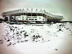 A white Pride Park! English Football League, Derby County, Sports Stadium, Soccer, Usa, City, Photos, Futbol, Football