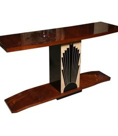Amazing Art Deco Table :