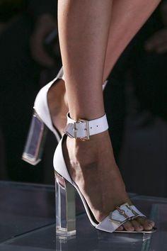 Versace womenswear, spring/summer 2015, Milan Fashion Week