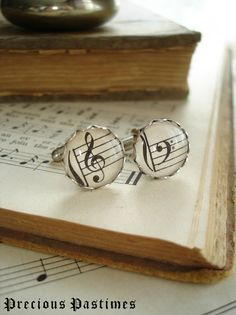 Love these for the groom at a music-themed wedding