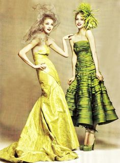 Caroline Trentini (in Nina Ricci) and Raquel Zimmermann (in Dior by John Galliano) by David Sims for Vogue US, July 2007 Fashion Images, Look Fashion, High Fashion, Fashion Beauty, Fashion Shoot, Vogue Editorial, Editorial Fashion, Édito Vogue, Photoshoot Inspiration