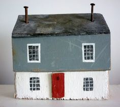sixty one A: driftwood cottages Driftwood Crafts, Wooden Crafts, Beach Crafts, Home Crafts, Small Wooden House, Wooden Cottage, Ceramic Houses, Wooden Houses, Decoration Originale