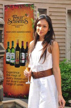 Shamita Singha Ex Miss India Earth