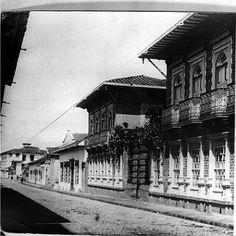 Aspecto de la carrera Junín, Medellín en el siglo XX una de las vías principales de la ciudad.