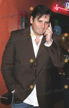 Spandau Ballet Picture - London UK Singer Tony Hadley (Spandau Ballet) at Lunch with the Stars a Charity event in aid of the Shooting Star Childrens Hospice held at Planet Hollywood London January 2006 Keith MayhewLandmark Media cute Ballet Pictures, Ballet Photos, Planet Hollywood, London Pictures, Charity Event, Hospice, Shooting Stars, Hadley, Photo Library