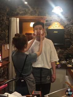 [BY tvN] 유난히 맑은 어느 날스페인의 그림 같은 섬, 테네리페 '가라치코' 뒷골목에서 누군가를 기다리... Korean Celebrities, Korean Actors, Park Seo Joon Instagram, Kang Haneul, Joon Park, Korean Drama Best, Park Seo Jun, Boy Best Friend, Funny Couples