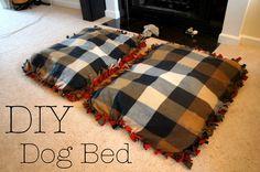 Cheap DIY no sew dog beds @ thegifforddesign.com