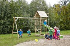 Spielturm Obelix mit Holzdach, Schaukel und hellgrüner Rutsche bei dein-spielplatz.de unter http://www.dein-spielplatz.de/de_de/spielgeraete/schaukel-kinderspielturm/spielturm-schaukel-obelix