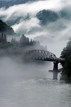 Iron bridge in the fog, Fukushima, Japan 2007 | 只見線 会津中川-会津水沼