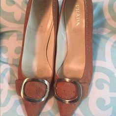 PRADA formal shoes PRADA shoes size 10, excelent condition Prada Shoes Heels
