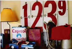Vintage car/truck room/nursery inspiration - http://www.familjeliv.se/?http://ixzi102382.blarg.se/amzn/ltne633676