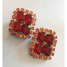 Red Glass Earrings, Square Shape, 1950s Vintage Jewelry SPRING SALE ($33) ❤ liked on Polyvore featuring jewelry, earrings, red earrings, glass jewelry, vintage red jewelry, vintage jewelry and vintage glass earrings