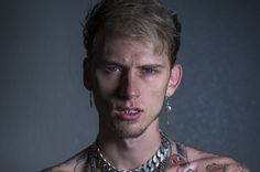 """Rapper Machine Gun Kelly and singer/actress Hailee Steinfeld have come together with the new song, """"At My Best."""""""