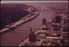 Charleston, WV was a different town in the There was no Charleston Town Center nor South Ridge while Capitol Street was an entirely different place. Towns In West Virginia, W Virginia, Virginia Homes, Charleston Wv, Mountain States, Mystery Of History, Pretty Photos, Take Me Home, Tower Bridge