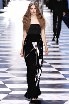 Gothic Couture: Victor & Rolf Spring 2013 RTW.