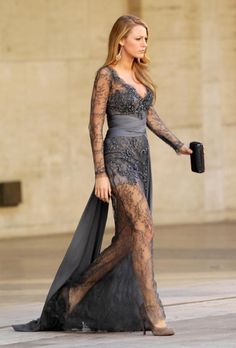 Blake Lively In Beautiful Dark Teal Blue Gown.