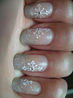 Easy Winter Snowflake Nail Art Ideas