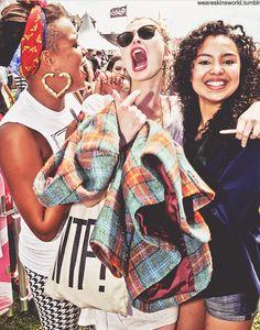 the gang :') - stella Skins Generation 3, Skins Uk, Skinny Love, Uk Photos, Best Tv Shows, Clear Skin, Pop Culture, Movies, Freya Mavor