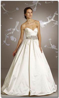 Gorgeous Lazaro gown.