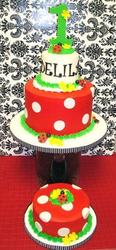 Another lady bug cake Cupcakes, Cupcake Cakes, Toddler Birthday Cakes, Cake Birthday, Happy Birthday, Ladybug Cakes, Ladybug Party, Cake For Boyfriend, Birthday Cake Decorating