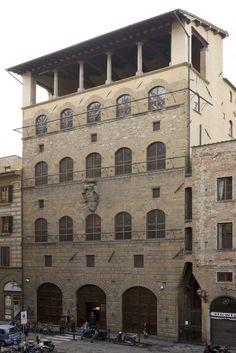 Palazzo Davanzati Florence (1350)