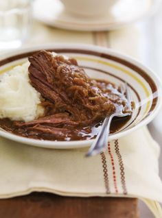 Try the Best Easy Slow Cooker Recipes for Amazing Meals Meat Recipes, Slow Cooker Recipes, Crockpot Recipes, Cooking Recipes, Recipies, Frozen Steak, Ricardo Recipe, Fast Dinners, Best Comfort Food