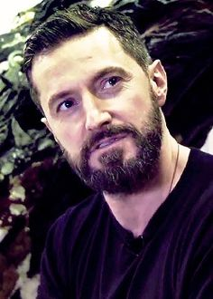 Beautiful bearded Richard-look at that gray in there!