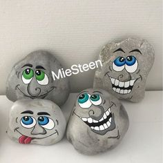 14 Most Adorable Painted Rocks Rock Painting Ideas Easy, Rock Painting Designs, Painting Patterns, Paint Designs, Pebble Painting, Pebble Art, Stone Painting, Stone Crafts, Rock Crafts