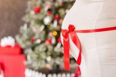 15 lindas ideas para fotos del embarazo en Navidad | Blog de BabyCenter