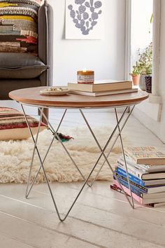 Banks Geometric Side Table - Urban Outfitters