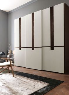 Modern And Fancy Bedroom Wardrobes And Closets : Dazzling Skyline Italian Bedroom Wardrobe Design Inspiration with Three Sliding Doors in Gr...