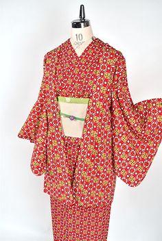 東欧雑貨のようなレトロタイルデザイン愛らしいウールアンサンブル - アンティーク着物・リサイクル着物のオンラインショップ 姉妹屋