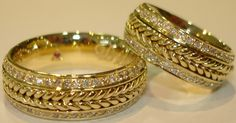 Wedding Band Sets, Gold Wedding Rings, Wedding Rings For Women, Wedding Jewelry, Rings For Men, Gold Ring Designs, Gold Bangles Design, Gold Earrings Designs, Jewelry Design