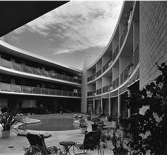 By Alvin Lustig with Sam Reisbord,  Architect, 1947-48. Beverly Carlton Apartement Hotel, Los Angeles. Photo by Julius Shulman.