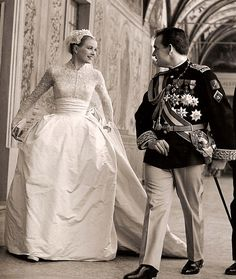 Prince Rainier & Grace Kelly ~ Royal wedding gown designed by Helen Rose.