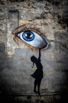 Street Art...by Dmitry Skvortsov via Fivehundredpx. https://musetouch.org/?cat=17 #streetart